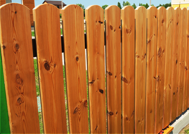 Quality wood Fence